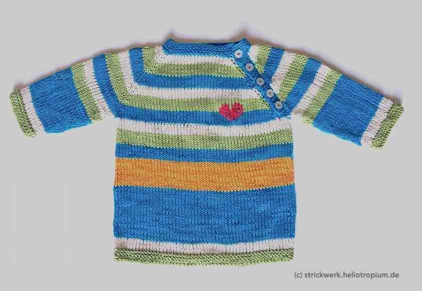 Pullover mit eingesticktem Herzchen vorne