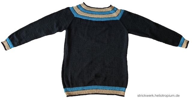 Anker's Sweater liegend